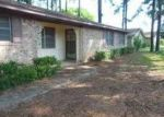 Foreclosed Home in Grapeland 75844 PINEVIEW ST - Property ID: 3365120365
