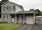 Foreclosed Home in Mastic 11950 MORICHES AVE - Property ID: 3366012523