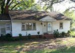 Foreclosed Home in Gastonia 28054 E 4TH AVE - Property ID: 3369087989