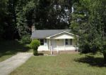 Foreclosed Home in Knightdale 27545 MEADOW RUN - Property ID: 3370444829