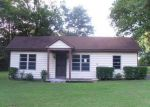 Foreclosed Home in Memphis 38109 W RAINES RD - Property ID: 3370652419