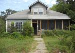 Foreclosed Home in Maryville 37801 LORD AVE - Property ID: 3370653741