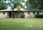 Foreclosed Home in Paris 75460 E HOUSTON ST - Property ID: 3370680899