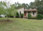 Foreclosed Home in Irmo 29063 RAINTREE DR - Property ID: 3372459946