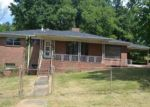 Foreclosed Home in Birmingham 35211 19TH ST SW - Property ID: 3372703452