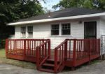 Foreclosed Home in Birmingham 35211 STEINER AVE SW - Property ID: 3372728412
