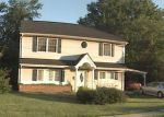 Foreclosed Home in Edison 08817 WINTHROP RD - Property ID: 3375201209