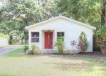 Foreclosed Home in Tampa 33614 BEL AIRE CIR - Property ID: 3377204962