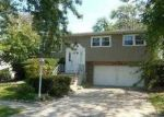 Foreclosed Home in Chicago Heights 60411 MONTEREY AVE - Property ID: 3378627938