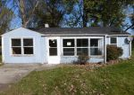 Foreclosed Home in Aurora 60505 PARKER AVE - Property ID: 3378636242