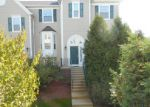 Foreclosed Home in Aurora 60506 VILLAGE CENTER PKWY - Property ID: 3378778591