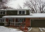 Foreclosed Home in Elgin 60123 MAPLE LN - Property ID: 3378967800