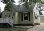 Foreclosed Home in Cedar Rapids 52404 17TH ST SW - Property ID: 3379188534