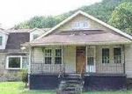 Foreclosed Home in Middlesboro 40965 BEANS FORK RD - Property ID: 3379292777