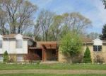 Foreclosed Home in Howell 48855 CRANDALL RD - Property ID: 3379747832
