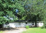 Foreclosed Home in Highlands 77562 S 6TH ST - Property ID: 3380052210