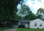 Foreclosed Home in Baytown 77520 GREENBRIAR ST - Property ID: 3380075878