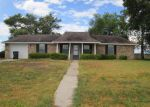 Foreclosed Home in Weimar 78962 COUNTY RD - Property ID: 3380077625
