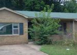 Foreclosed Home in Huntsville 72740 COMBS AVE - Property ID: 3380941749