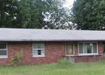 Foreclosed Home in Granite City 62040 SAINT CLAIR AVE - Property ID: 3384081579