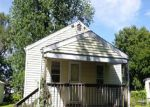 Foreclosed Home in Peoria 61603 E EMBERT PL - Property ID: 3384134123