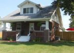 Foreclosed Home in Gillespie 62033 PARK AVE - Property ID: 3384138515