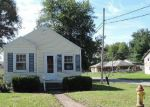 Foreclosed Home in Lincoln 62656 3RD ST - Property ID: 3384140710