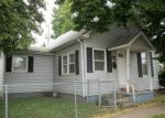 Foreclosed Home in Lincoln 62656 BURLINGTON ST - Property ID: 3384142453