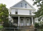 Foreclosed Home in Davenport 52803 FARNAM ST - Property ID: 3384351365