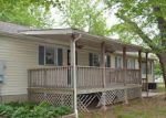 Foreclosed Home in Baxter Springs 66713 CHEROKEE AVE - Property ID: 3384412691
