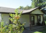 Foreclosed Home in Radcliff 40160 W VINE ST - Property ID: 3384435914