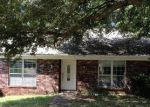 Foreclosed Home in Hattiesburg 39402 SHARMONT DR - Property ID: 3385279435