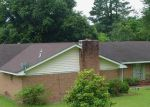 Foreclosed Home in Vicksburg 39180 LAKESIDE DR - Property ID: 3385291252