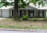 Foreclosed Home in Springfield 65807 S MEADOWBROOK AVE - Property ID: 3385453307