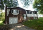 Foreclosed Home in Suncook 3275 DONALD AVE - Property ID: 3385694638