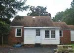 Foreclosed Home in Jacksonville 28540 GLENDALE RD - Property ID: 3386533354