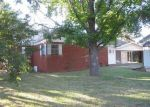 Foreclosed Home in Durant 74701 NE 2ND AVE - Property ID: 3386965642