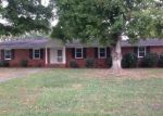 Foreclosed Home in Statesville 28625 KENMORE DR - Property ID: 3387035268