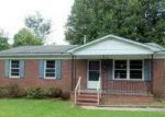 Foreclosed Home in Gastonia 28052 COLEBROOK DR - Property ID: 3387409300