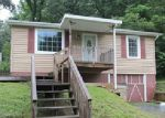 Foreclosed Home in Kingsport 37660 SARATOGA RD - Property ID: 3389476548