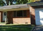 Foreclosed Home in Tullahoma 37388 MAPLEHILL DR - Property ID: 3390343737