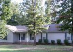 Foreclosed Home in Lawrenceburg 38464 OAKDALE DR - Property ID: 3390695419