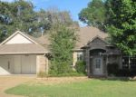 Foreclosed Home in Tyler 75707 BERKELEY DR - Property ID: 3390867550