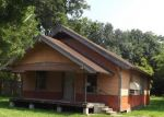 Foreclosed Home in Beaumont 77707 AVALON ST - Property ID: 3390983614