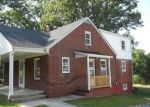 Foreclosed Home in Lynchburg 24502 MARY ANN DR - Property ID: 3391876191