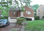 Foreclosed Home in Pittsburgh 15235 PALM AVE - Property ID: 3393600502