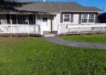 Foreclosed Home in Medford 97501 OAKDALE DR - Property ID: 3393810288