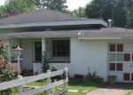 Foreclosed Home in Huntington 25704 JEFFERSON AVE - Property ID: 3398701587
