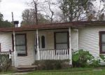 Foreclosed Home in Lake Jackson 77566 JASMINE ST - Property ID: 3402281588