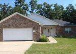 Foreclosed Home in Huntsville 77340 HIDDEN VALLEY CIR - Property ID: 3402289920
